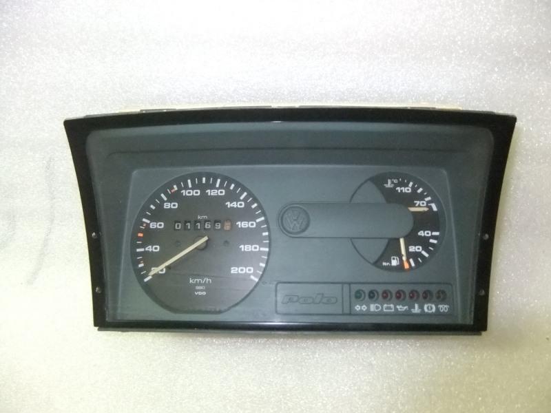 Instruments Clusters Volkswagen Polo 87001238 / 88471405 - VO21397