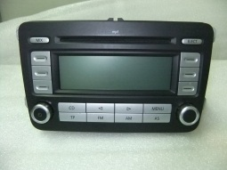 Auto Radio Volkswagen Caddy 1K0035186 AD / 1K0 035 186 AD / 9.18491-8151 / RCD 300 MP3